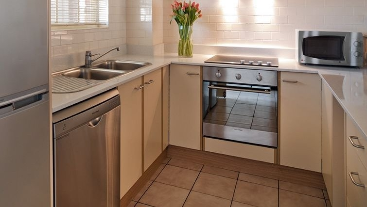 Kitchen in Medina Serviced Apartments Canberra Kingston