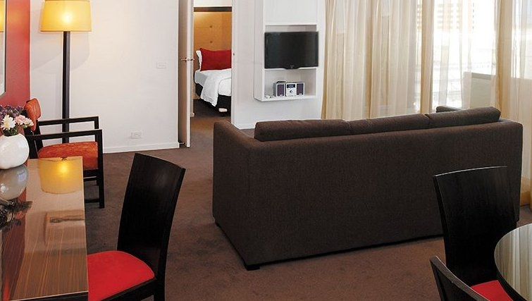 Living area at Adina Apartment Hotel Melbourne, Northbank