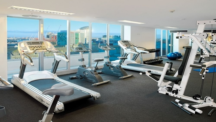 Fitness centre at Adina Apartment Hotel Melbourne, Northbank
