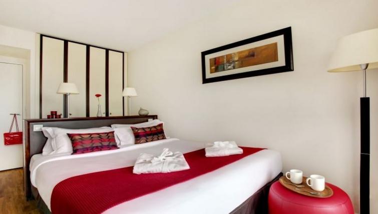 Modern bedroom in Citadines La Defense Apartments