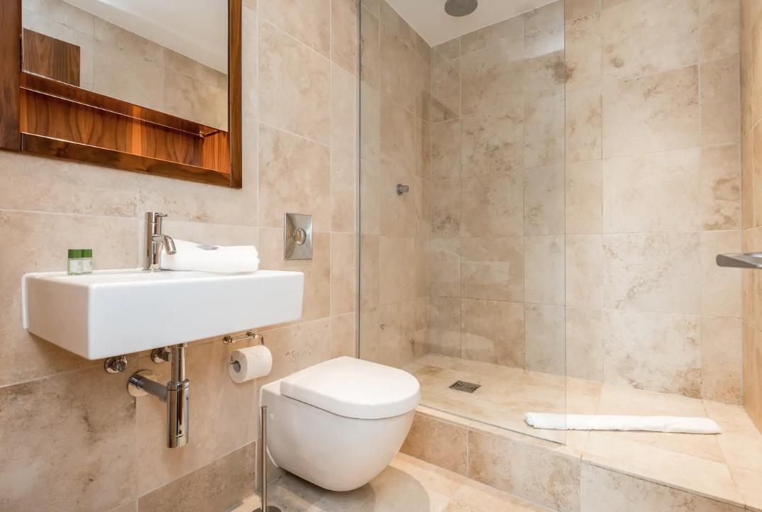 Bathroom at Waterside Apartment, Vauxhall, Liverpool