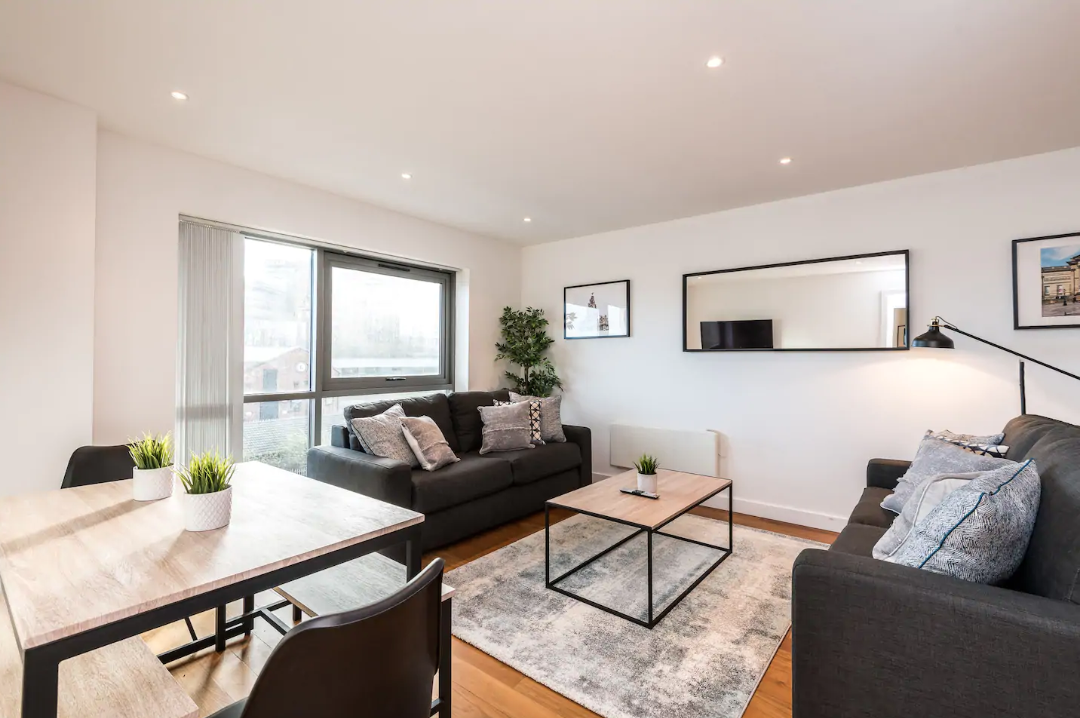 Dining area at Waterside Apartment, Vauxhall, Liverpool