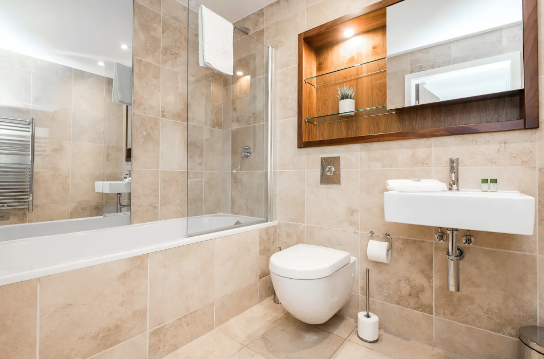 Bath at Waterside Apartment, Vauxhall, Liverpool