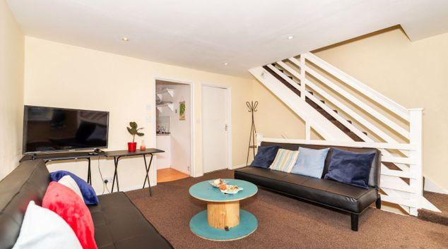 Living room at Cambridge Heath Apartment, Cambridge Heath, London