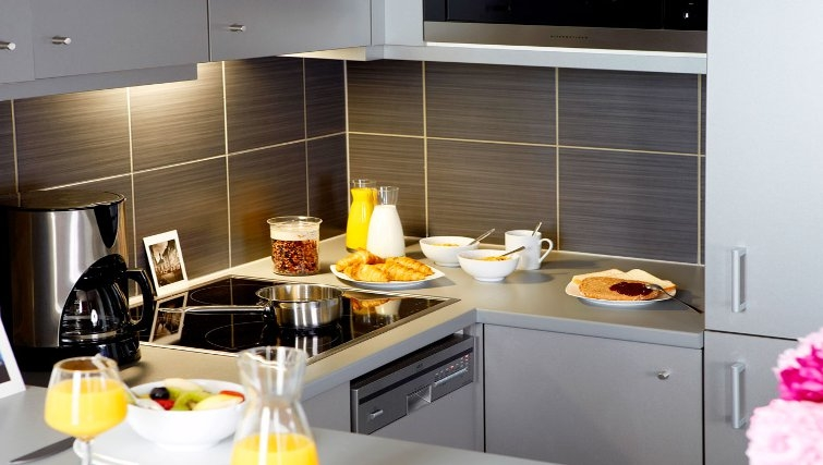 Smart kitchen in Adagio Vienna City