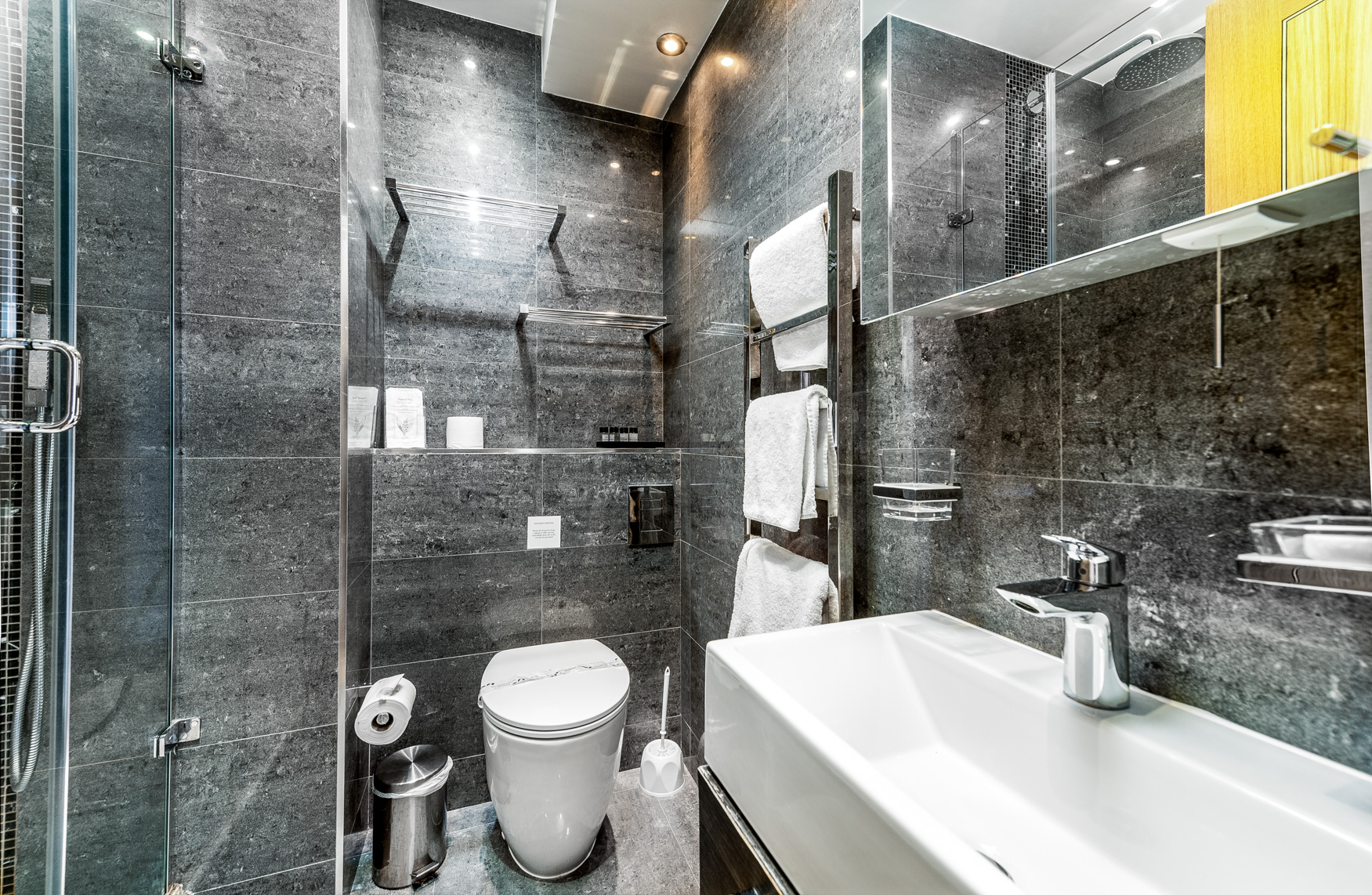Bathroom at Nell Gwynn House Accommodation, Chelsea, London