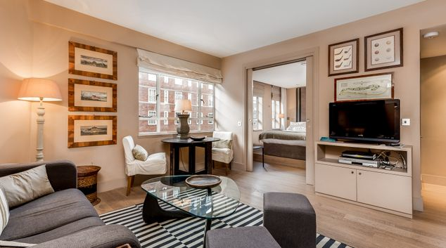 Living Room at Nell Gwynn House Accommodation, Chelsea, London