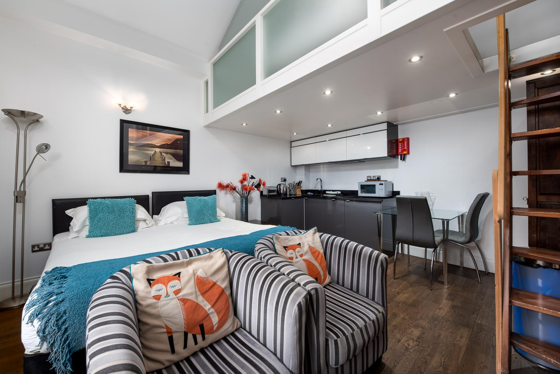 Open-plan at Chelsea Green Apartments, Chelsea, London