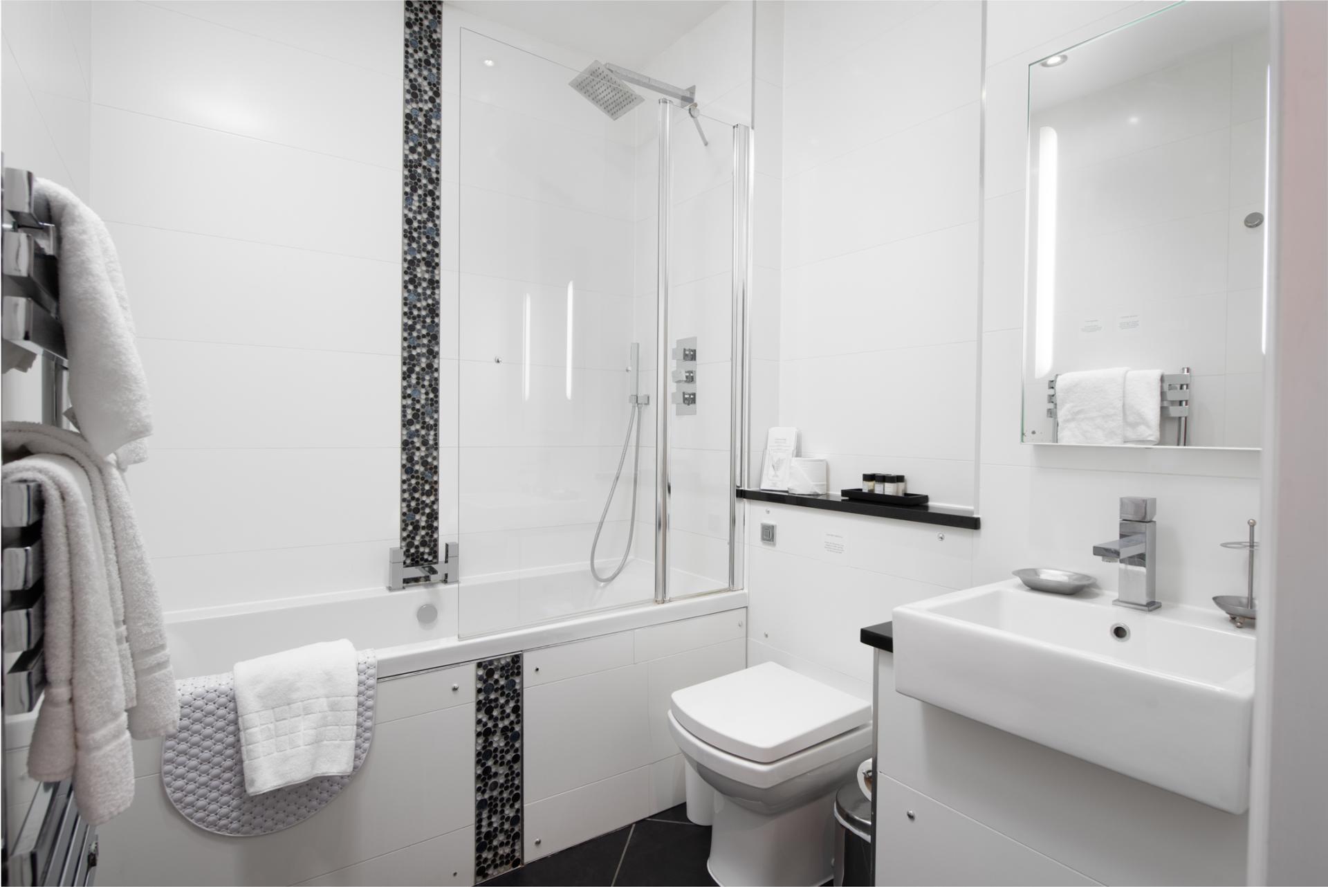 Bathroom at Chelsea Green Apartments, Chelsea, London