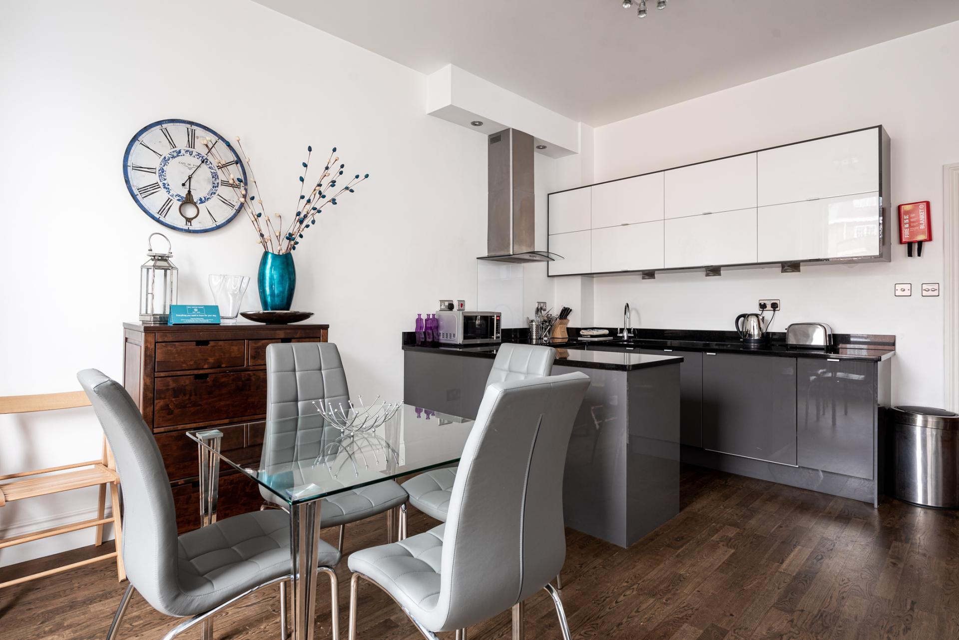 Dining table at Chelsea Green Apartments, Chelsea, London