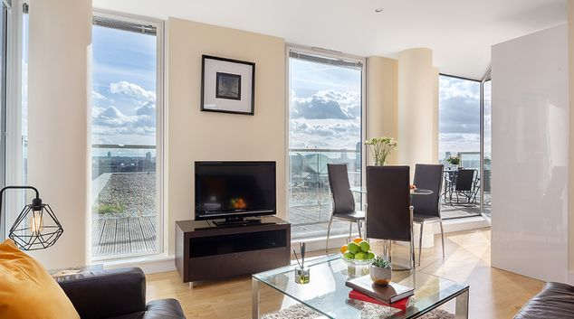Living Room at Lanterns Court, Canary Wharf, London