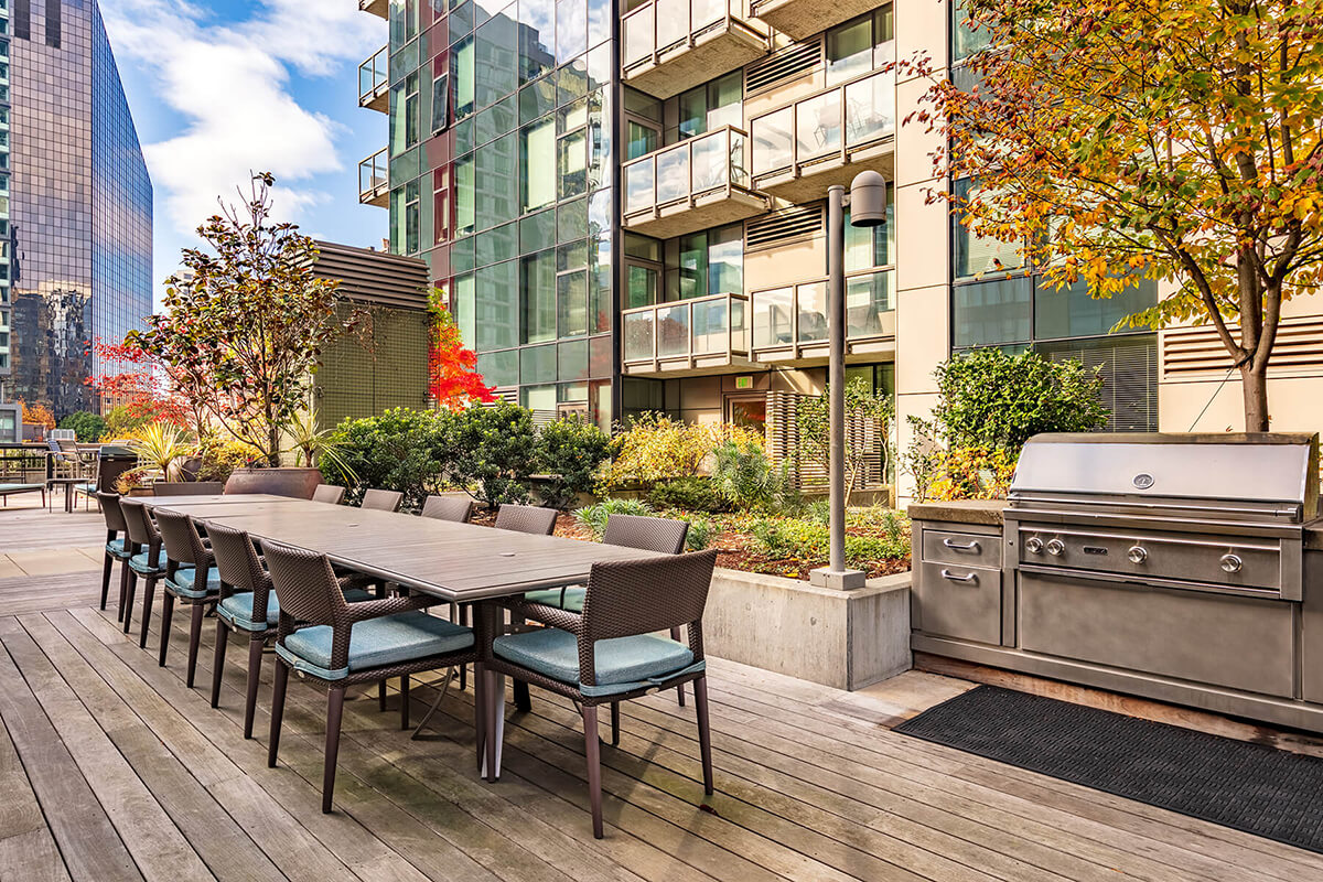 Grilling deck area at Via6 Apartment, Belltown, Seattle