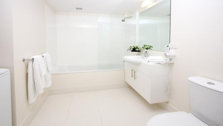 Executive bathroom in Quest Parnell