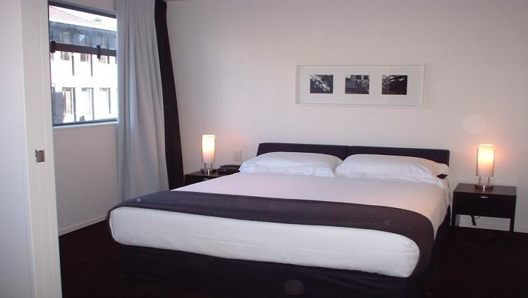 Lovely bedroom in Quest Parnell