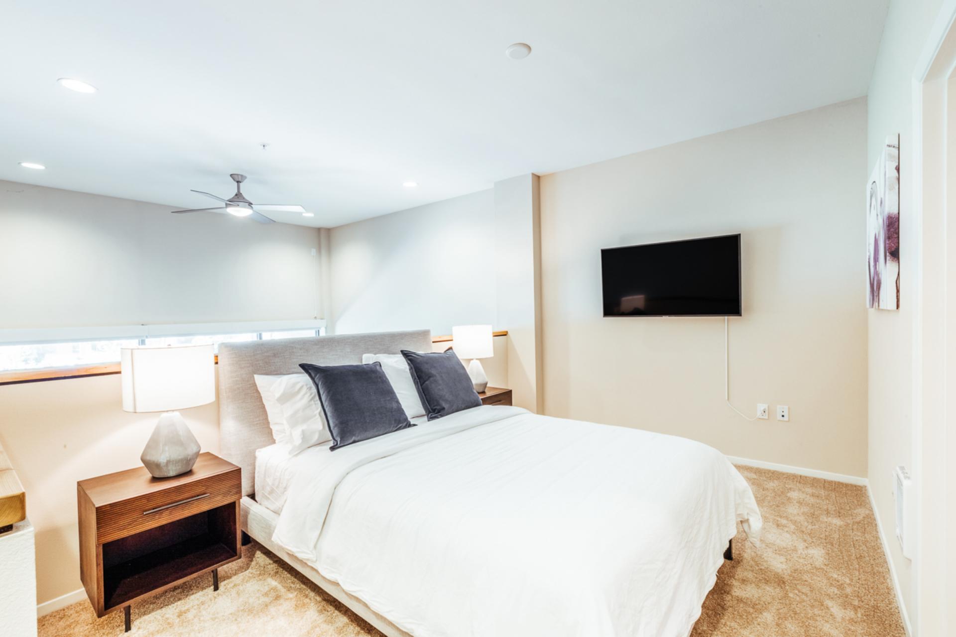 Bedroom at Landing Furnished Apartments at MB360, Mission Bay, San Francisco