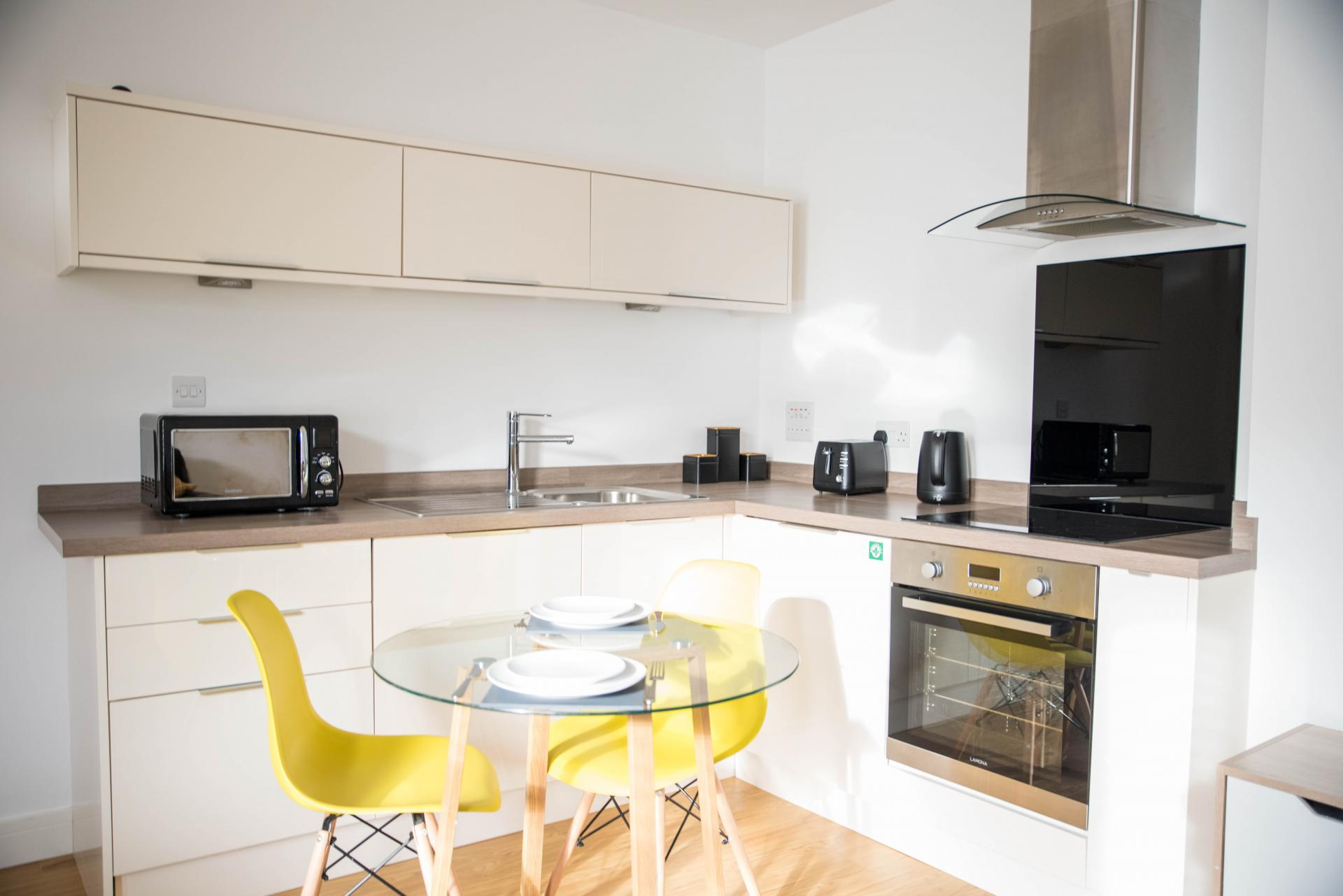 Kitchen diner at New Road Cobiere House Apartment, Centre, Basingstoke
