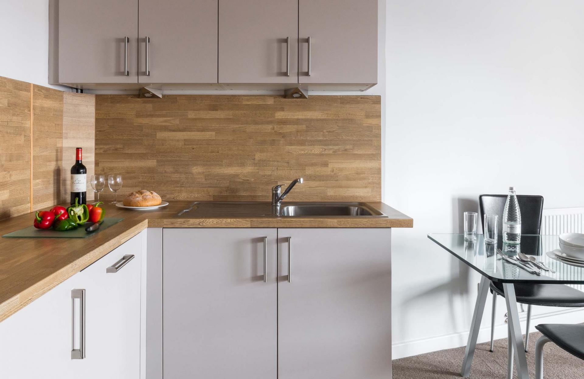 Modern kitchen in SACO Nottingham - The Ropewalk