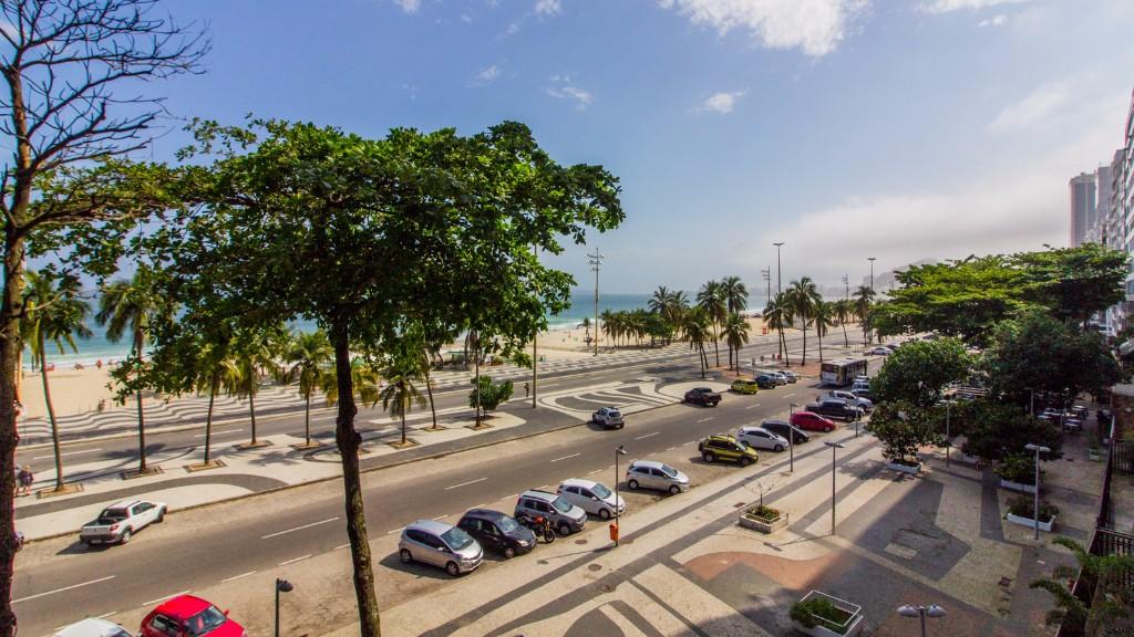 Street view at Zen Tone Apartment, Praia Do Leme, Rio de Janeiro