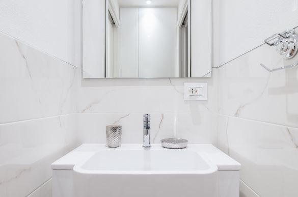 Bathroom at Blooming Rose Apartment, Ticinese, Milan