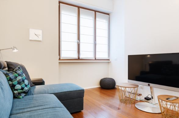 TV at Blooming Rose Apartment, Ticinese, Milan
