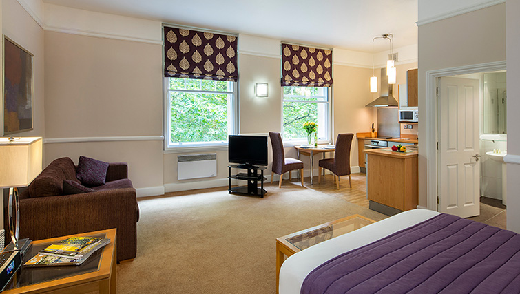 Bristol serviced apartments & aparthotels: find corporate ...