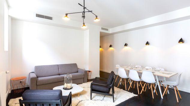 Living area at Drouot Chic Apartment, 2nd Arr, Paris