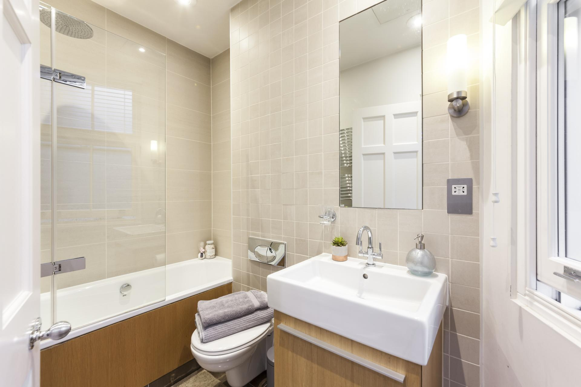 Bright bathroom at Mayfair Penthouse Apartment, Mayfair, London