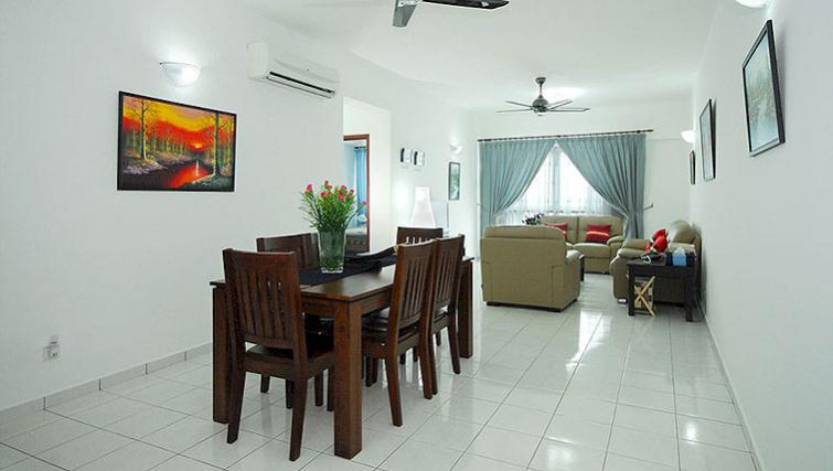 Smart dining area in Kuala Lumpur Serviced Apartments
