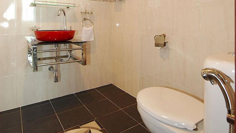 Bright bathroom in Kuala Lumpur Serviced Apartments