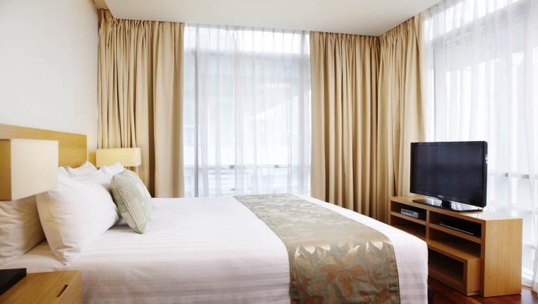 Bright bedroom at PARKROYAL Serviced Suites Kuala Lumpur