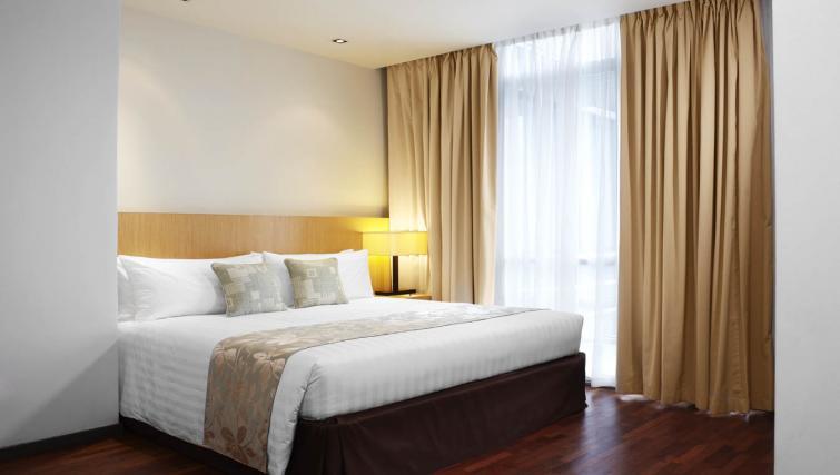 Spacious bedroom at PARKROYAL Serviced Suites Kuala Lumpur