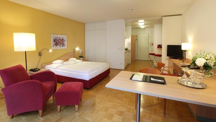 Bedroom at Lindner Congress Apartments Frankfurt