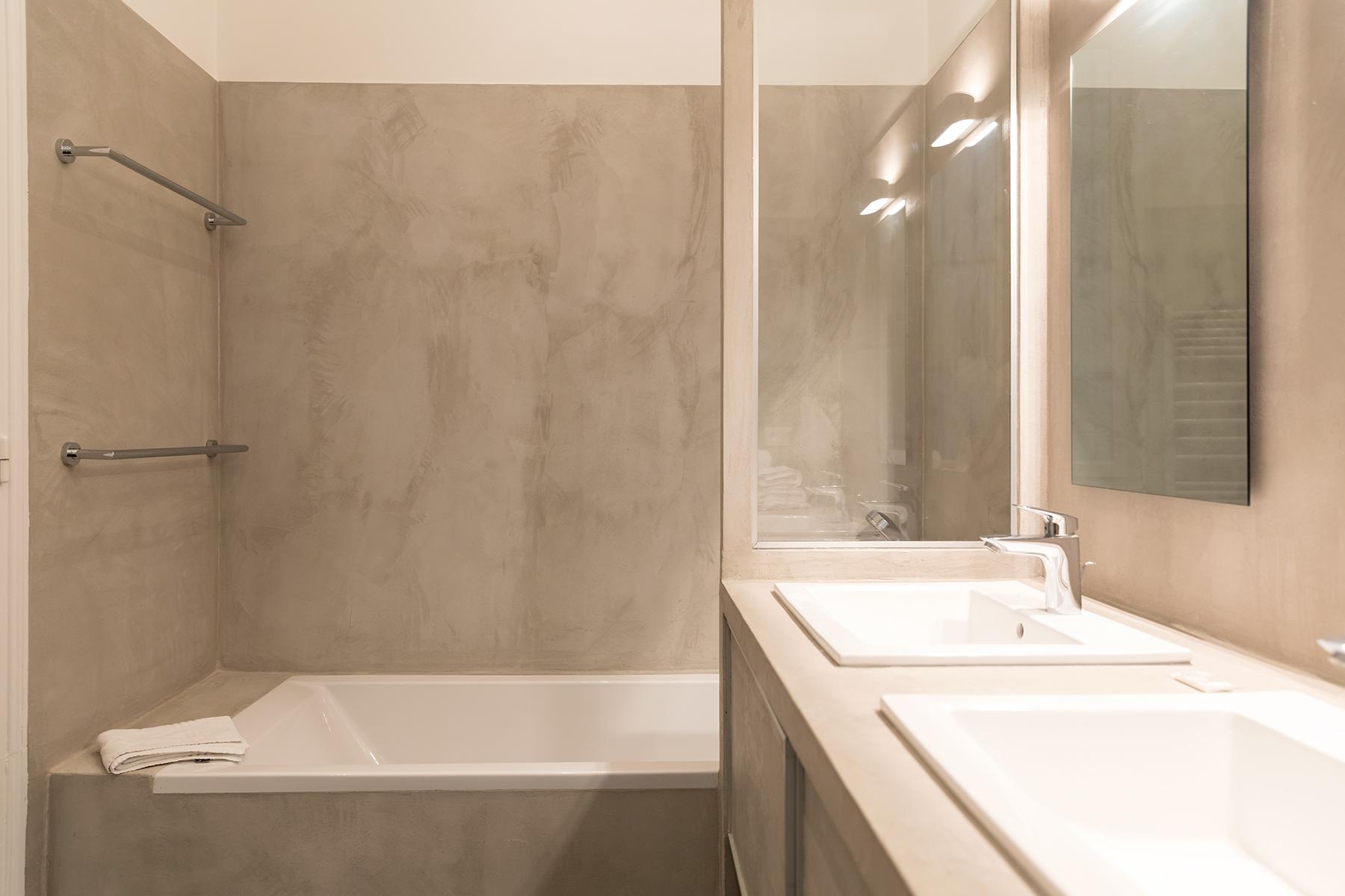 Bathroom at Apartment Monceau Chic, 9th Arr, Paris