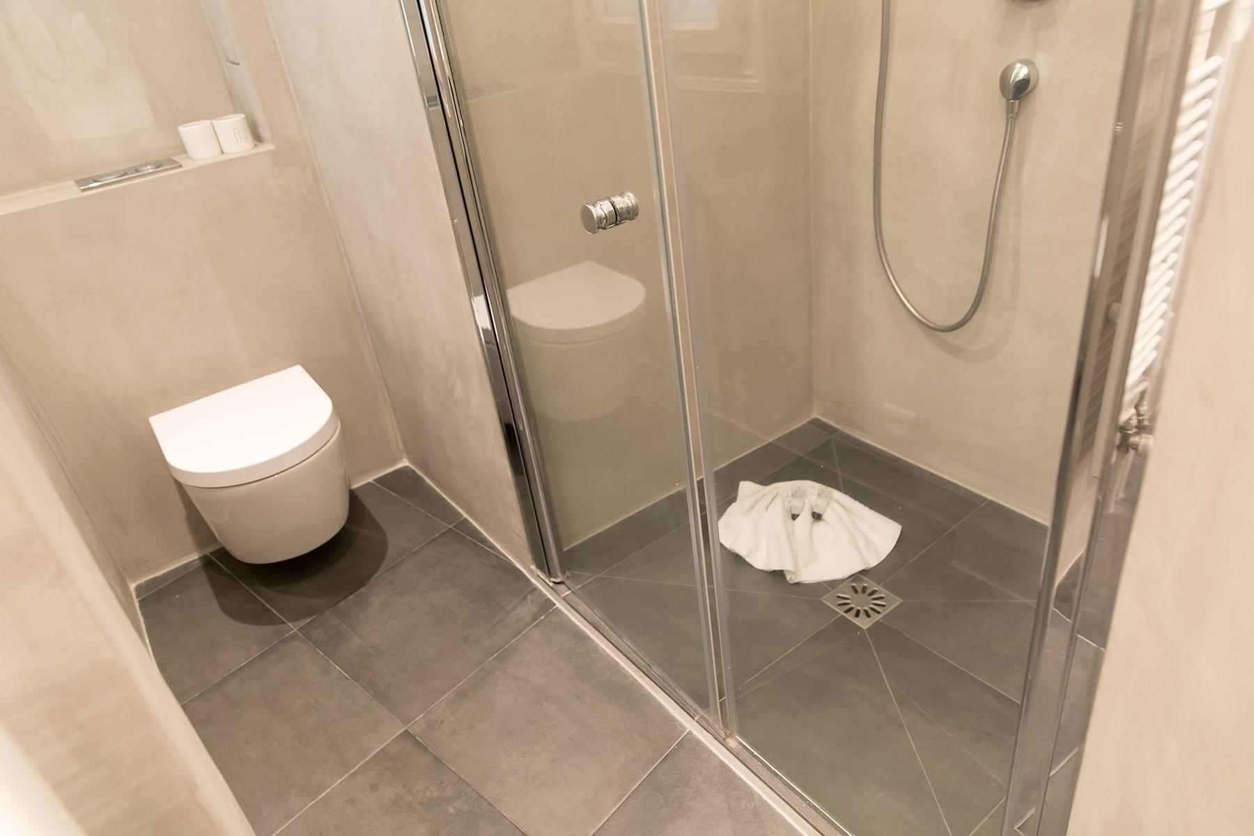 Shower room at Apartment Monceau Chic, 9th Arr, Paris