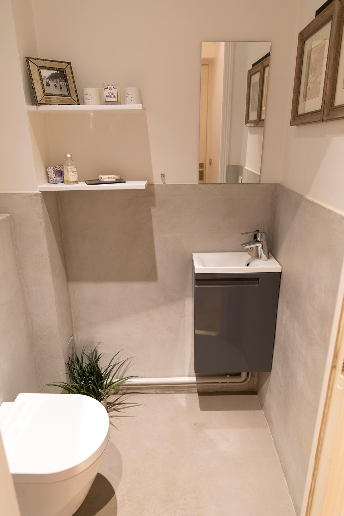 Toilet at Apartment Monceau Chic, 9th Arr, Paris