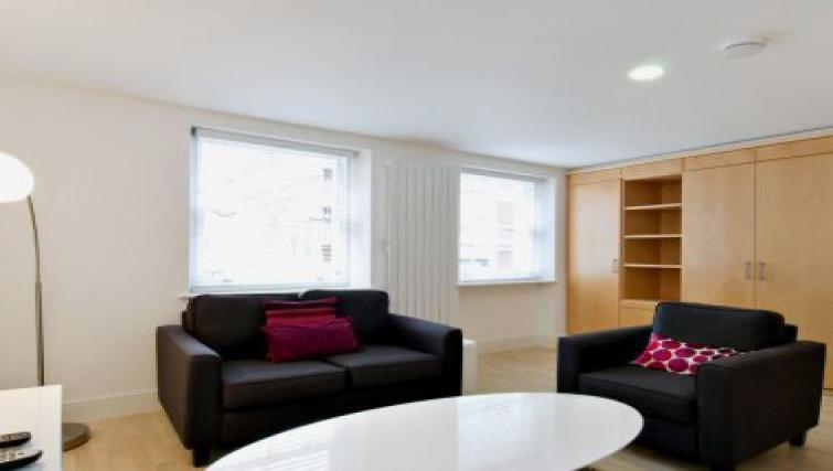 Nice living area in 38 James Street