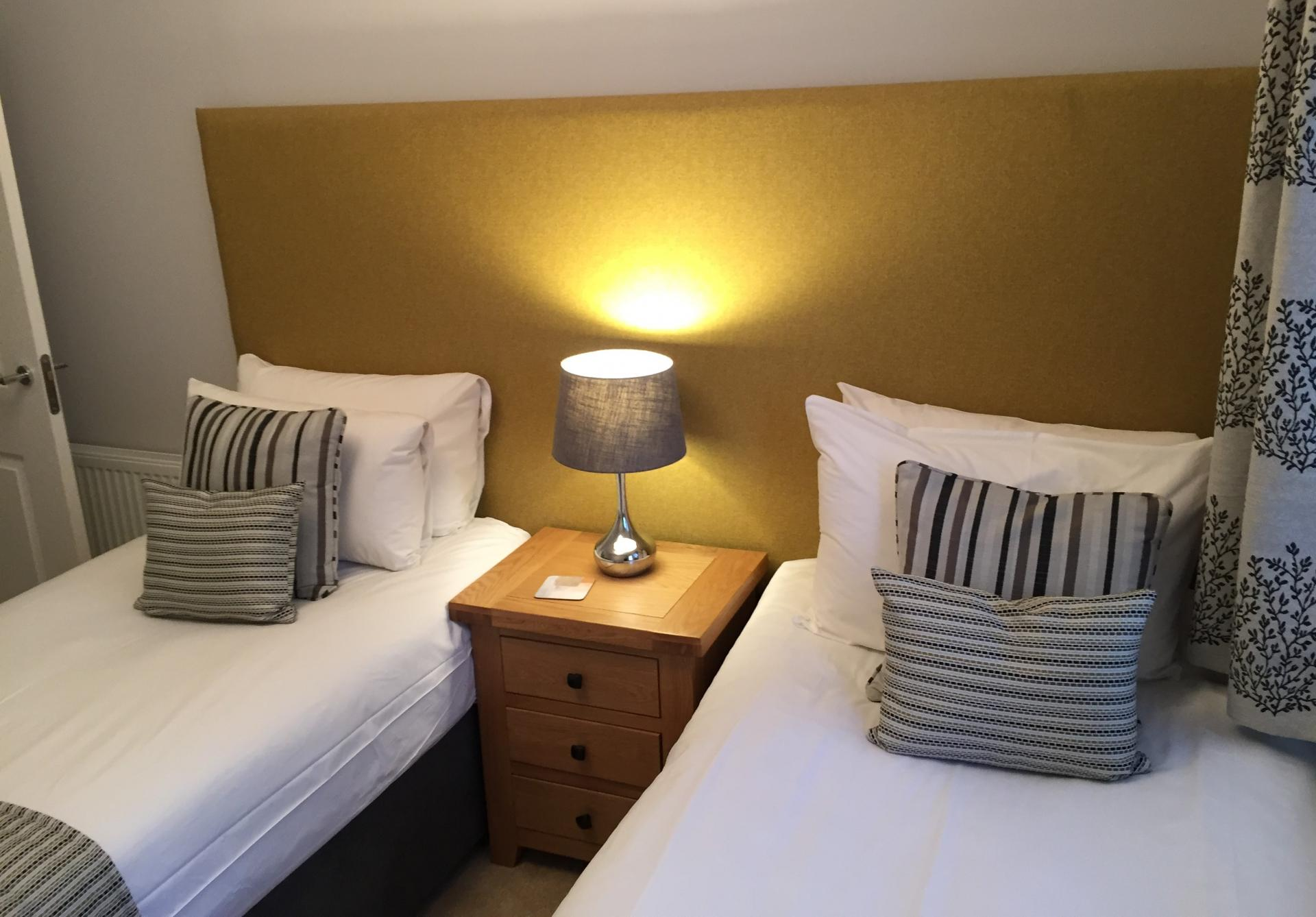 Twin beds at Inverness High Street Apartments, Centre, Inverness