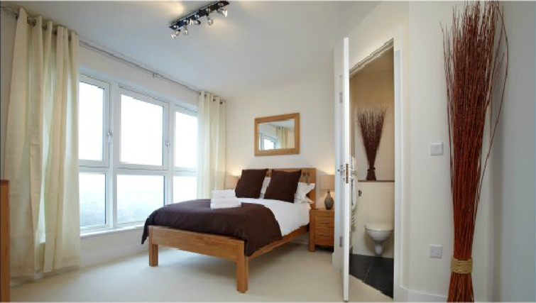 Lovely bedroom in Skyline Plaza Apartments