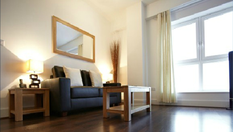 Attractive living area in Skyline Plaza Apartments