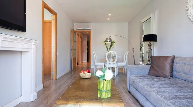 Living area at Granados Apartments, Eixample, Barcelona