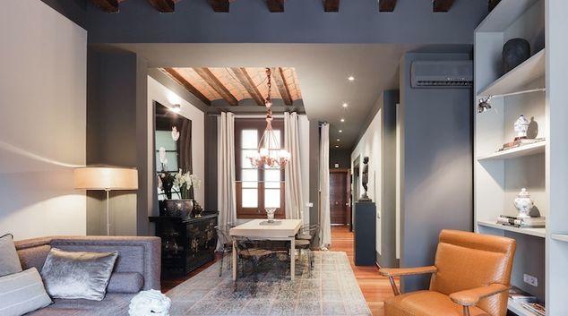 Living area at Calle Pelai Apartments, La Nova Esquerra de L'Eixample, Barcelona