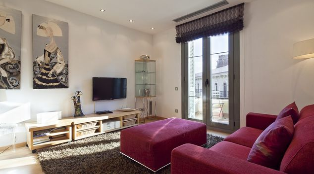 Living area at Calle Ali Bei Apartment, Eixample, Barcelona