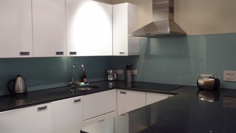 Contemporary kitchen in South Molton Street Apartments