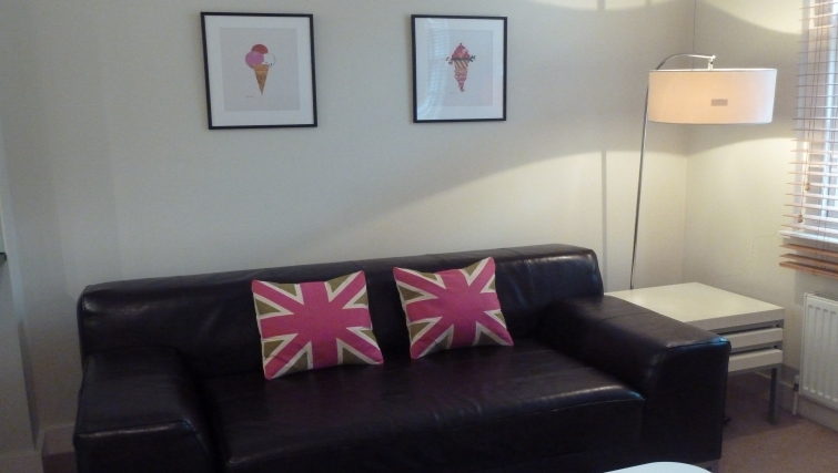 Living area in South Molton Street Apartments