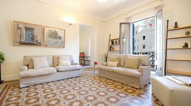 Living area at Rambla De Catalunya Apartments, Eixample, Barcelona