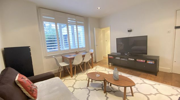 Living area at Arundel Gardens Apartment, Notting Hill, London