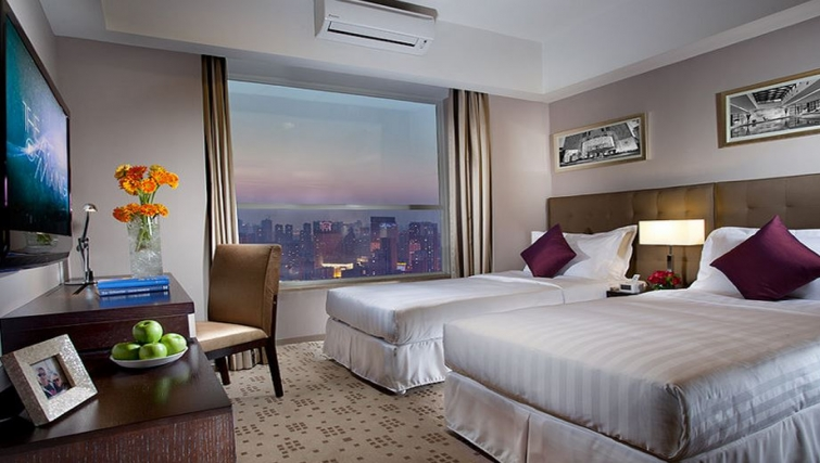 Twin room at Somerset Heping Apartments