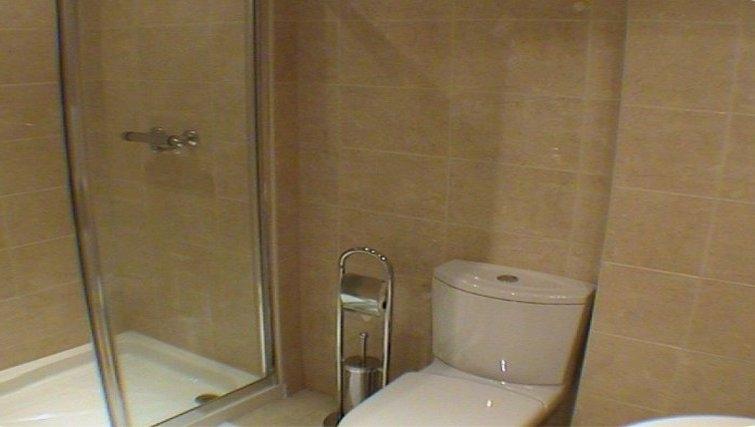 Modern bathroom in Earle House