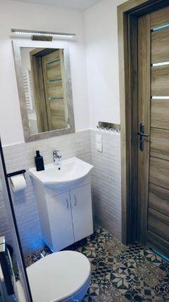 Sink at Mielczarskiego Apartments, Śródmieście, Lodz