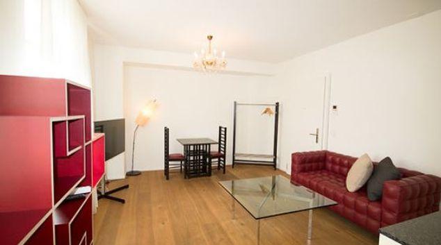 Living area at Thunstrasse Bern Apartment, Centre, Bern